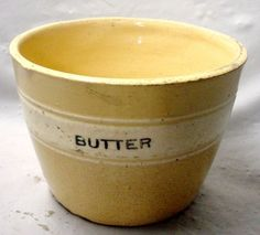 Love the buttery yellow of the inner bowl Vintage Bowls, Vintage Dishes, Vintage Kitchen, Antique Dishes, Vintage Items, Old Crocks, Antique Crocks, Butter Crock, Butter Dish