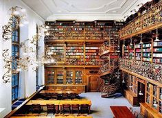 Gorgeous library with spiral stair