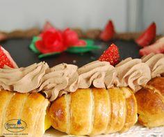 L'unione perfetta tra torta e pasticcini <3 #nuovapasticceria #paste #shoponline #onlineshop #sweet #tortedaforno #tortepersonalizzate #handmade #delish #cakes #pasticceria #pastry #gnam #homemade #tasty #delicious #cakedesign