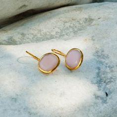 Boucles doreilles PAOLA opale rose & vermeil http://www.by-johanne.com/boucles-d-oreilles/1208-boucles-d-oreilles-paola-chrysophase-argent.html