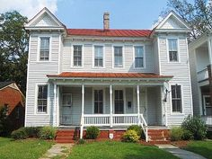 My Mother's family lived in this house at 509 Mount Vernon Avenue in Portsmouth, Virginia when the 1940 census was taken.  It is currently on the market and appears to have been converted to a duplex.