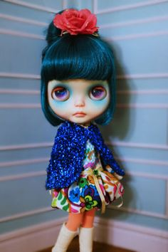 Lounging-Linda-Dress-Set-for-Blythe-Doll-not-included
