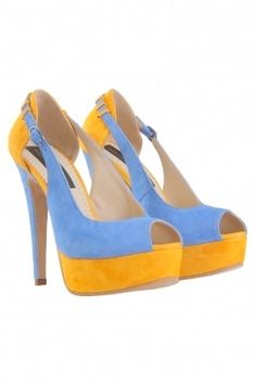Pantofi peeptoe bicolori  din piele intoarsa naturala albastru deschis si galben.Toc inalt de 13 cm si platforma 3 cm.Foarte comozi datorita platformei inalte .