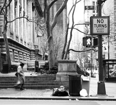 walk.(and No turns.) : Title.  walk.(and No turns.)                      Manhattan . New york city 2007. shot..........   3 / 6  (Today's photograph.It is unpublished.)             image. Jaffa - Sneakin' http://youtu.be/I4Joqgl0x8I         Supplement.  The photography period of Paris.  The day which left Japan.2012.July 21.  The day which arrived to Japan.2012.July 26.   Quantity of a photograph.  Not less than 35 GB.  (No RAW . Private life is excluded.)    Please enjoy my photograph