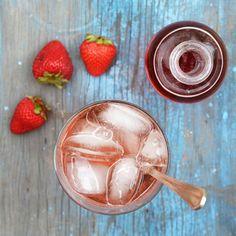 Drinking a Dash of Vinegar: 9 Shrub Recipes for the Summer