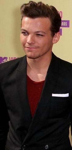 Louis.. ur hair, it looks so sophisticated..