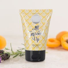 No matter where life takes you, make sure you take along soft, beautiful hands. All Gussied Up is the perfect size for lovely hands on the go. Vitamin-rich apricot kernel oil gives you a big, juicy dose of hydration without annoying, greasy residue. Imagine: pure moisture with the scent of spring orange blossoms and fresh lavender!
