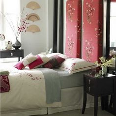 Japanese Bedroom with Red Concept