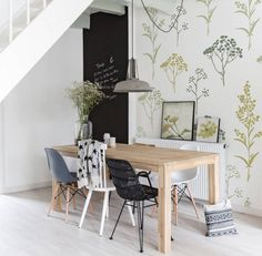 Hand-drawn Flowers (From PIXERS) - Floral motive matched on wall mural and framed posters #wallmurals #posters #prints