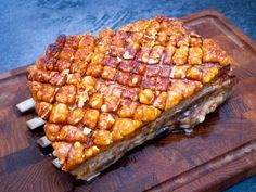 Langtidsstegt flæskesteg Pork Recipes, Real Food Recipes, Cooking Recipes, Yummy Food, Food N, Food And Drink, Scandinavian Food, Danish Food, Fish And Meat