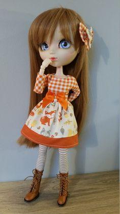 robe motif petit renard pour pullip et blythe avec sa barette de la boutique creationsSouricette sur Etsy