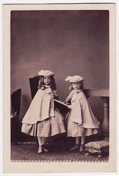 Faces of the Victorian Era, pupa-antiqua: Mrs Gardiner's children (by Beniah...
