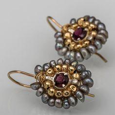 Summer SALE Garnet Jewelry Garnet Gray Pearl Small by yifatbareket Garnet Jewelry, Garnet Earrings, Gemstone Earrings, Garnet Gemstone, Beaded Earrings, Beaded Jewelry, Cluster Earrings, Handmade Silver, Handmade Jewelry