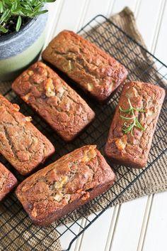Apple and Sharp Cheddar Buckwheat Mini Breads Recipes. Healthy Desserts, Dessert Recipes, Healthy Eats, Healthy Recipes, Cheddar, Fruit Bread, Bread Recipes, Veggie Recipes, Pain