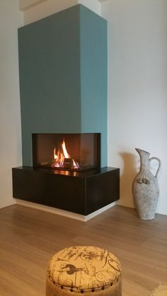 De DRU Lugo inbouw gashaard van fabrikant DRU geïnstalleerd in onze showro. Home Fireplace, Modern Fireplace, Fireplace Design, Fireplaces, Small Sitting Rooms, House Extension Design, Apartment Design, Home Interior Design, Home Remodeling