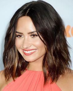 Demi Lovato Haircut Lob New Style Kids Choice Awards