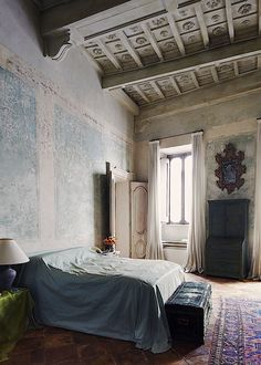 Simon Watson / Interiors / Labeque & Axel Vervoordt Rome - Love the ceiling