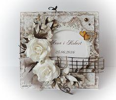 Robótkowa kraina Oli, Wedding card with flowers Inspiration Cards, Mixed Media Cards, Heartfelt Creations, Post Card, Mix Media, Mini Books, Atv, Wedding Cards, Journals