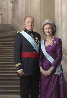 His Majesty the King Juan Carlos & Her Majesty the Queen Sofía of Spain #monarchy #royals (© Casa de Su Majestad el Rey / DVirgili)