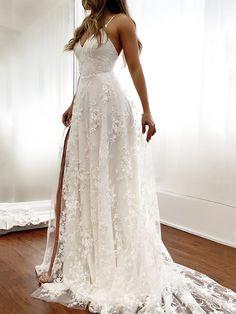Off White Wedding Dresses, Outdoor Wedding Dress, Garden Wedding Dresses, Maxi Dress Wedding, Fairytale Wedding Dresses, Simple Lace Wedding Dress, Spaghetti Strap Dresses, Spaghetti Straps, Spagetti Strap Wedding Dress