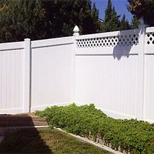 PVC White Privacy Fence for the backyard