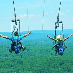 Take a flight on the adventure packed 4000' Twin Zip-Flyers! The longest Zip-Flyers in North America! Its the best way to discover the Pocono Mountains! #IAmAdventure #PoconoMtns #Zipflyer