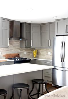 Best Benjamin Moore Night Train Amherst Gray Comparable Paint 400 x 300