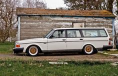 volvo wagon. im in love!