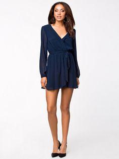 Wrapped Dress - Nly Trend - Navy - Festklänning - Kläder - Kvinna - Nelly.com