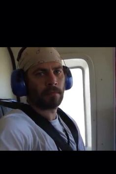 Paul Walker during a trip to help with his charity, Reach Out Worldwide. Cody Walker, Rip Paul Walker, Beautiful Soul, Gorgeous Men, Paul Walker Pictures, Paul Walker Movies, Fast And Furious, Dream Guy, Celebs