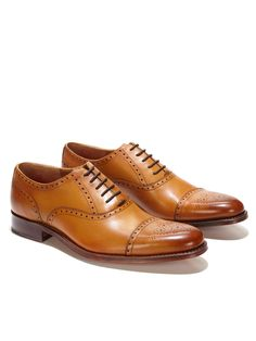 Cap toe semi-brogue oxfords from Grenson. The kind you can wear every day.
