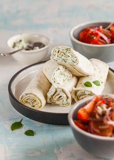 Voici 10 recettes pour cuisiner la menthe, vrai remède contre les ballonnements et les maladies cardiovasculaires.🌿❤️  Tout en se ré-ga-lant !!  #menthe #bienfaits #nutrition #santé #alimentation #mangersainement #sain #cannellonis #chèvre #ricotta #fromage #cheese #italianfood #pâtes Fromage Cheese, Fresh Rolls, Ricotta, Nutrition, Ethnic Recipes, Cardiovascular Disease, Eat Healthy, Mint, Cooking Food
