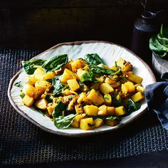 Indian-Spiced Potatoes Spicy Roast Chicken, Roast Chicken Recipes, Honey Garlic Chicken, Vegetables Salad Image, Vegetable Salad, Onion Tomato Chutney Recipe, Chutney Recipes, Potato Recipes, Vegetable Recipes