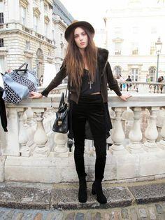 Take me back to Paris: Long Live Rock n Roll