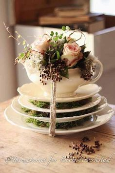 use a single cup & saucer idea with the floral arrangement for centerpieces at tea party Deco Floral, Floral Design, Wedding Decorations, Table Decorations, Flower Decorations, Vintage Tea, Vintage Coffee, Flower Power, Floral Arrangements