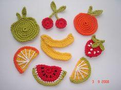 aksesuar, aplike, balkabağı, çilek, dekoratif süsler, desen, el yapımı, elişi, karpuz, kiraz, kırmızı elma, mantar, meyve, mısır, modeller, motif, Örgü Modelleri, patlıcan, portakal, sebzeler havuç, süs, tığ işi, tığ işi meyveler, yeşil elma