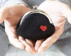 Crochet Coin Purse Love My Heart by studiowonjun on Etsy Love Crochet, Diy Crochet, Crochet Crafts, Hand Crochet, Crochet Projects, Crochet Bags, Beautiful Crochet, Knitting Patterns Free, Crochet Patterns