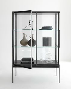 Glass and aluminium display cabinet GALERIST - Lema