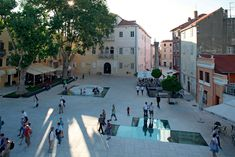 Image 12 of 26 from gallery of Petar Zoranić Square and Šime Budinić Plaza / Kostrenčić-Krebel. Photograph by Damir Fabijanić