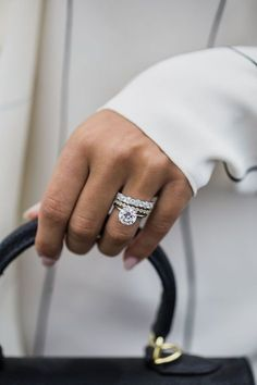 3 Karat Ring, Wedding Rings Simple, Diamond Wedding Rings, Round Wedding Rings, Stacked Wedding Bands, Tiffany Wedding Bands, Plain Wedding Bands, Oval Diamond Rings, Wedding Bands