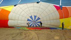 """¿Los globos pasan una """"ITV""""?  las respuesta en: https://www.facebook.com/siempreenlasnubes.volarenglobo  Ven a volar en globo con Siempre en las nubes:  http://www.siempreenlasnubes.com"""