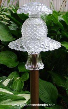 Image of garden art - glass totems - Cottage Garden Pond Garden Totems, Glass Garden Art, Garden Pond, Glass Art, Dish Garden, Garden Spheres, Glass Candle, Garden Stakes, Summer Garden
