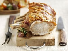 Easy Roast Pork and Crackling recipe for the perfect Sunday roast. Moist, tender pork and the crispiest crackling you have ever had. Best Pork Recipe, Pork Roast Recipes, Rib Recipes, Recipies, Dinner Entrees, Dinner Dishes, Main Dishes, Recipe For Cooking Beef, Cooking Tips
