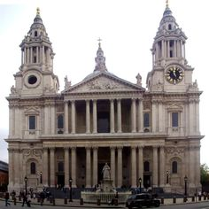 St. Paul's Cathedral, London   by Wren (Front)