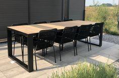 Tuintafels | Industriële tuintafel Tracé Square | tabledusud.nl Outdoor Tables, Outdoor Decor, Interior Garden, Outdoor Furniture Sets, Modern, House Ideas, Bar, Home Decor, Design