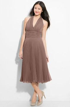 Tope / taupe bridesmaid dress