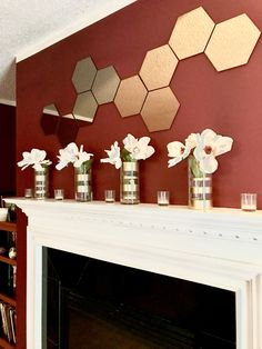 Check out how to create these inexpensive DIY vases! Perfect for wedding centerpieces too!  https://www.facebook.com/story.php?story_fbid=1081766371923890&id=885770894856773