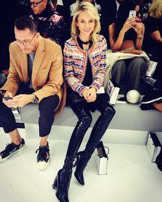 What to wear with vinyl trouser, woman fashion catwalk inspirations, Kate Moss, Chiara Ferragni, Gisele Bundchen, online UK style advice