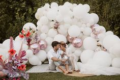 A fun festival wedding styled shoot inspired by Coachella Festival and featuring a balloon ceremony backdrop, cool modern bridal styling and colourful decor. Balloon Backdrop, Ceremony Backdrop, Colorful Decor, Colorful Flowers, Spanish Wedding, Luxury Wedding Dress, Wedding Balloons, Wedding Memorial, Festival Wedding