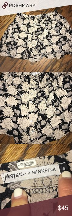 Nasty Gal x MINKPINK Skirt NASTY GAL X MINKPINK floral skirt. Super cute limited edition skirt with awesome black and cream floral pattern. Skirt buttons down the front. Perfect condition. MINKPINK Skirts